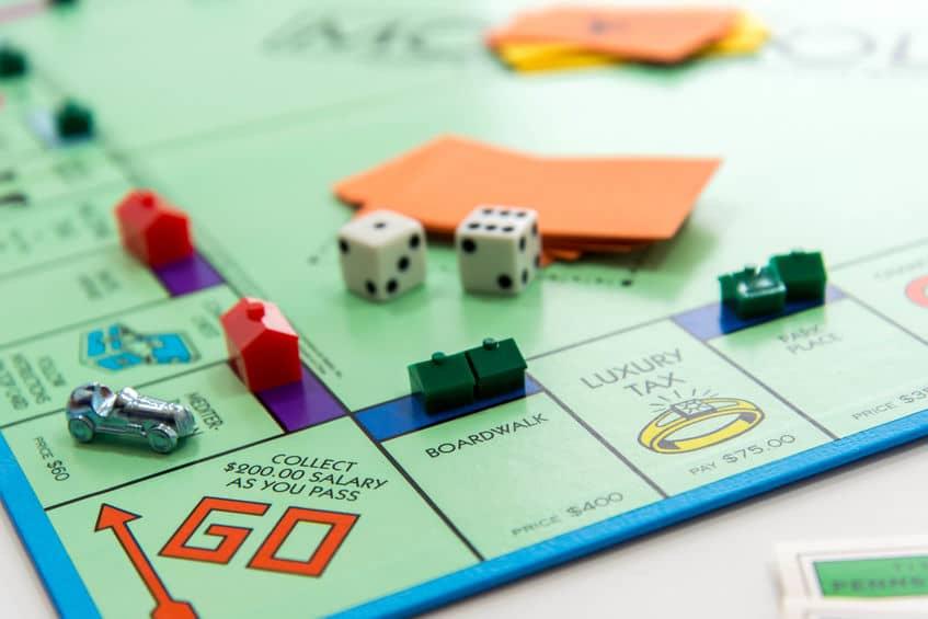 5 Popular Board Games People Still Enjoy Today